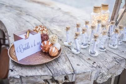 Livre d'or bouteilles à la mer