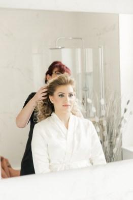 les-preparatifs-de-la-mariee-et-demoiselles-dhonneur-la-soeur-de-la-mariee-blog-mariage (19)