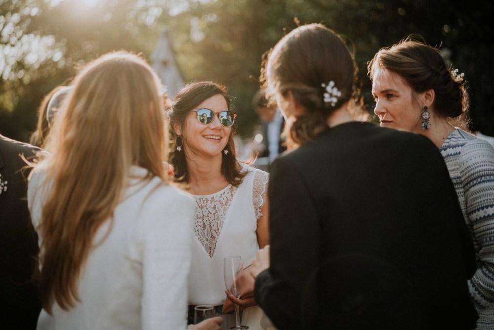 invitée-de-mariage-lunettes-de-soleil