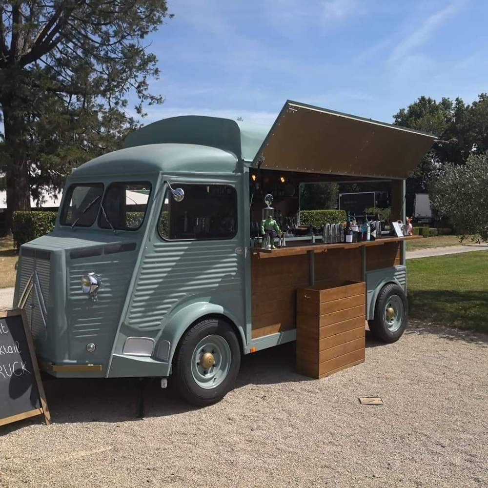 food-truck-mariage-camion-tube-citroen-bar-esprit-cocktail
