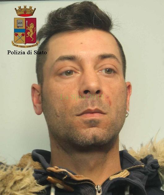 Torino, ecco il primo arresto grazie all'app della polizia: preso giovane pusher