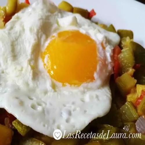 Huevo estrellado sin aceite - las recetas de laura
