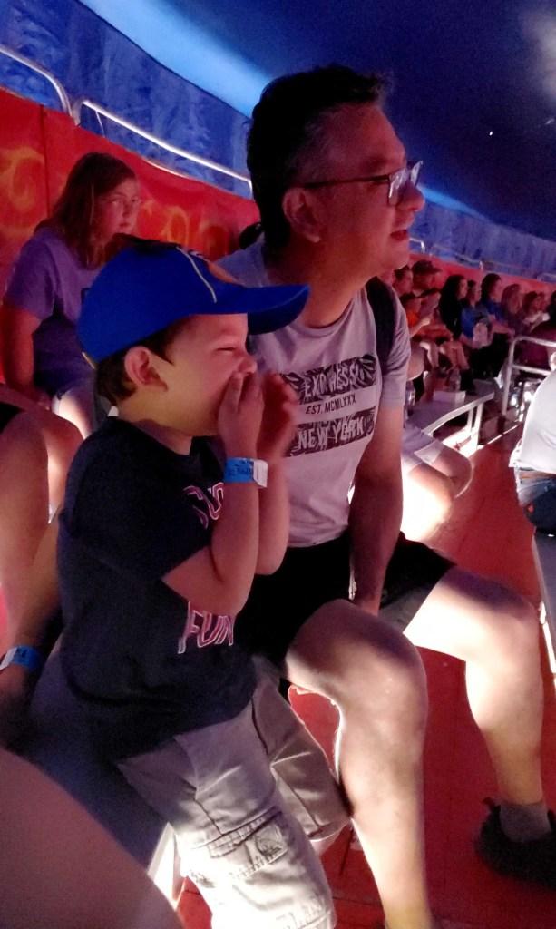 Niños en el circo