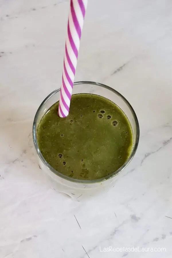 jugo verde con hierro