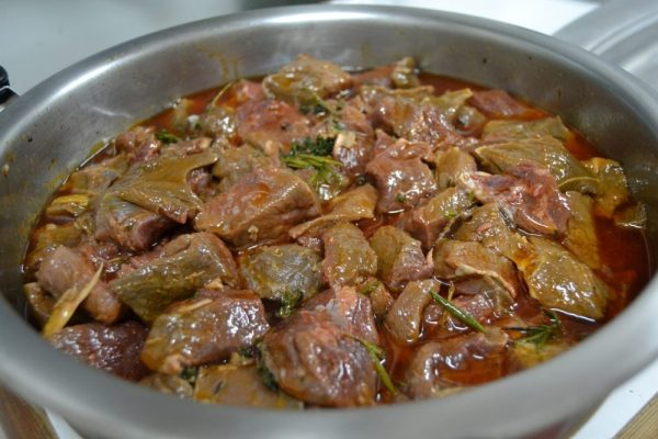 cazuela-de-jabali-con-castanas