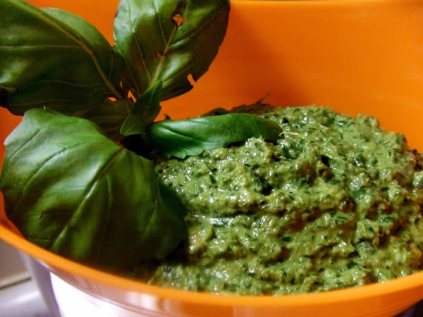 pesto-con-nueces