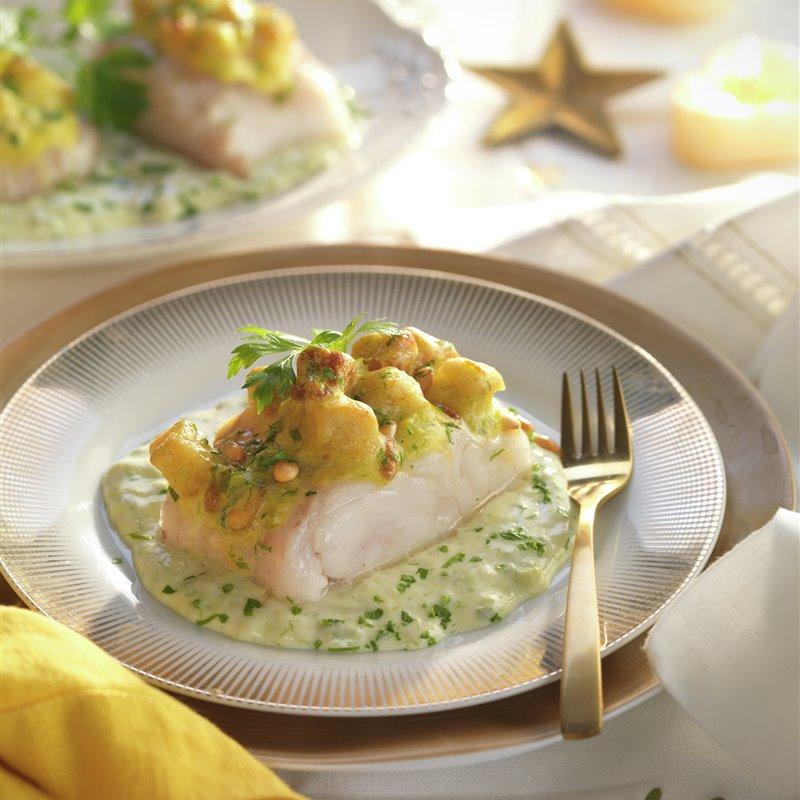 pescado: merluza con salsa bechamel