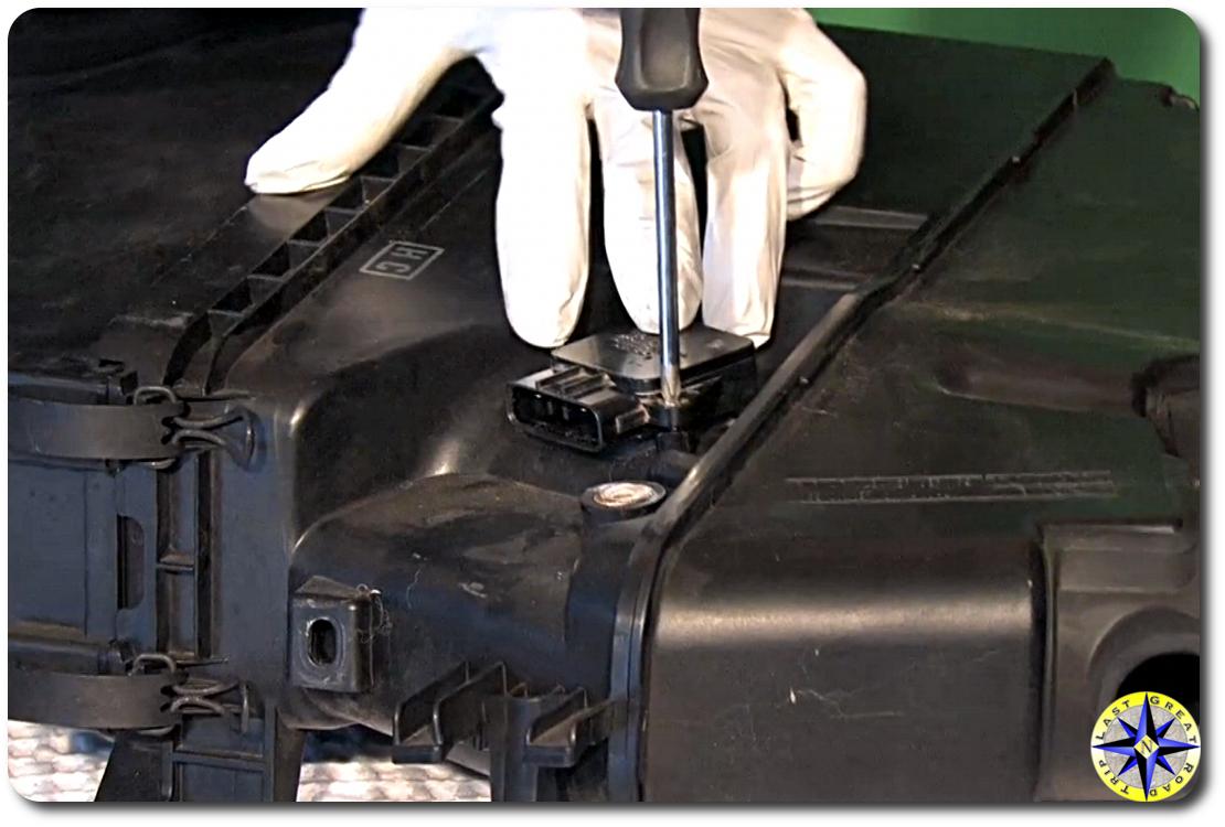 hight resolution of toyota mass air flow sensor removal