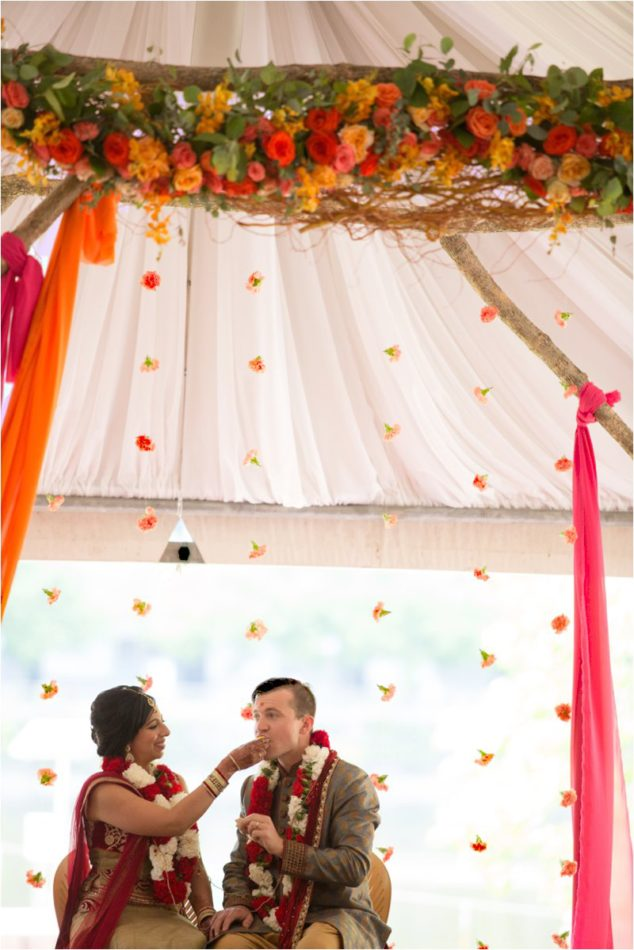 Minnesota-wedding-planner-Hindu-Wedding-Nicollet-Island-Pavillion_0251.jpg