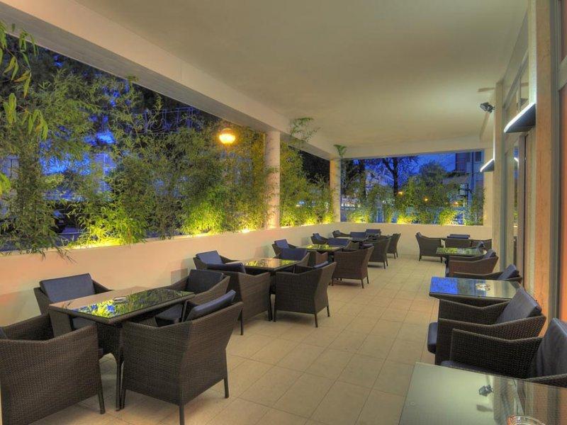 Hotel Firenze  Hotel 3 stelle a Bibione con piscina