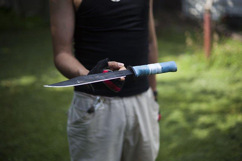 Test couteau de combat Ontario Marine Raider.