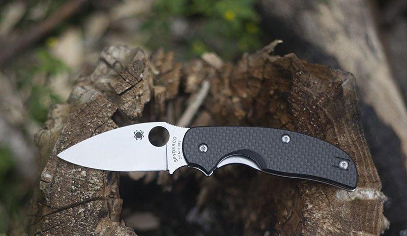 Mon experience avec le couteau Spyderco Sage 1.
