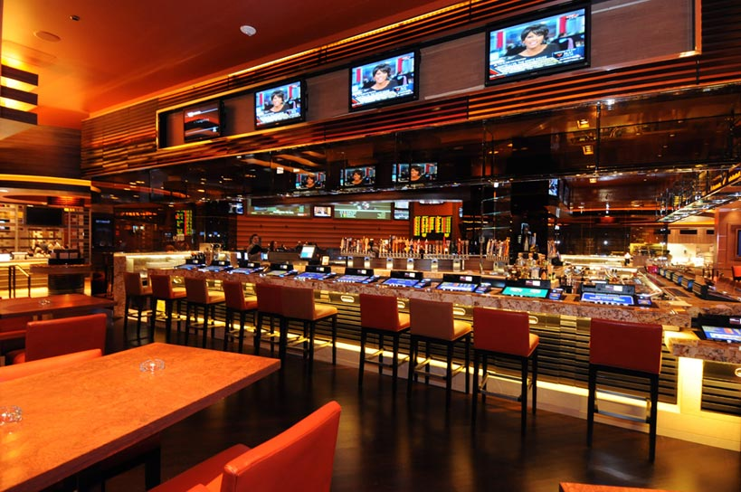 LVLG Bretts Vegas View Golden Nugget Opens New