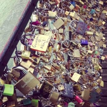 Pons des Arts Bridge pile of locks