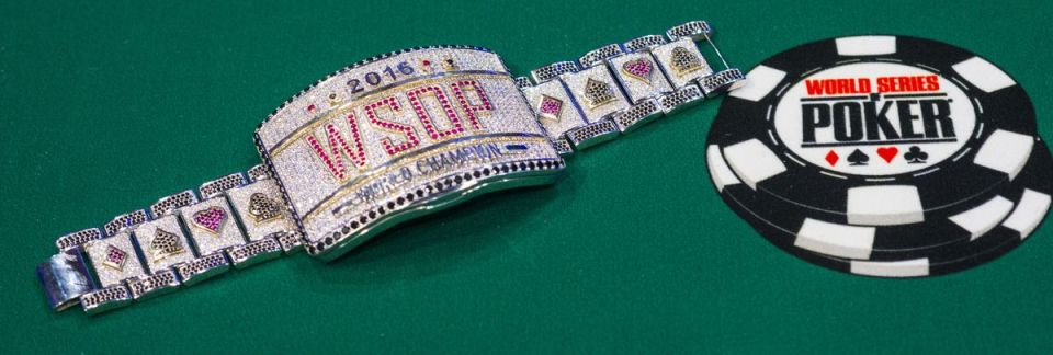 Main_Event_Bracelet_2016 WSOP_EV68_Day 1A_Giron_8JG3422