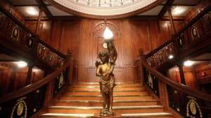 Titanic The Artifact Exhibition Luxor Las Vegas Grand Staircase