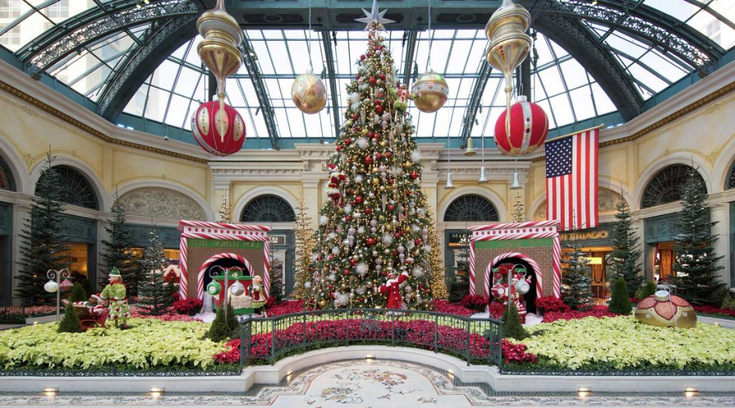 Best Places to Visit During Christmas in Las Vegas | lasvegasjaunt.com
