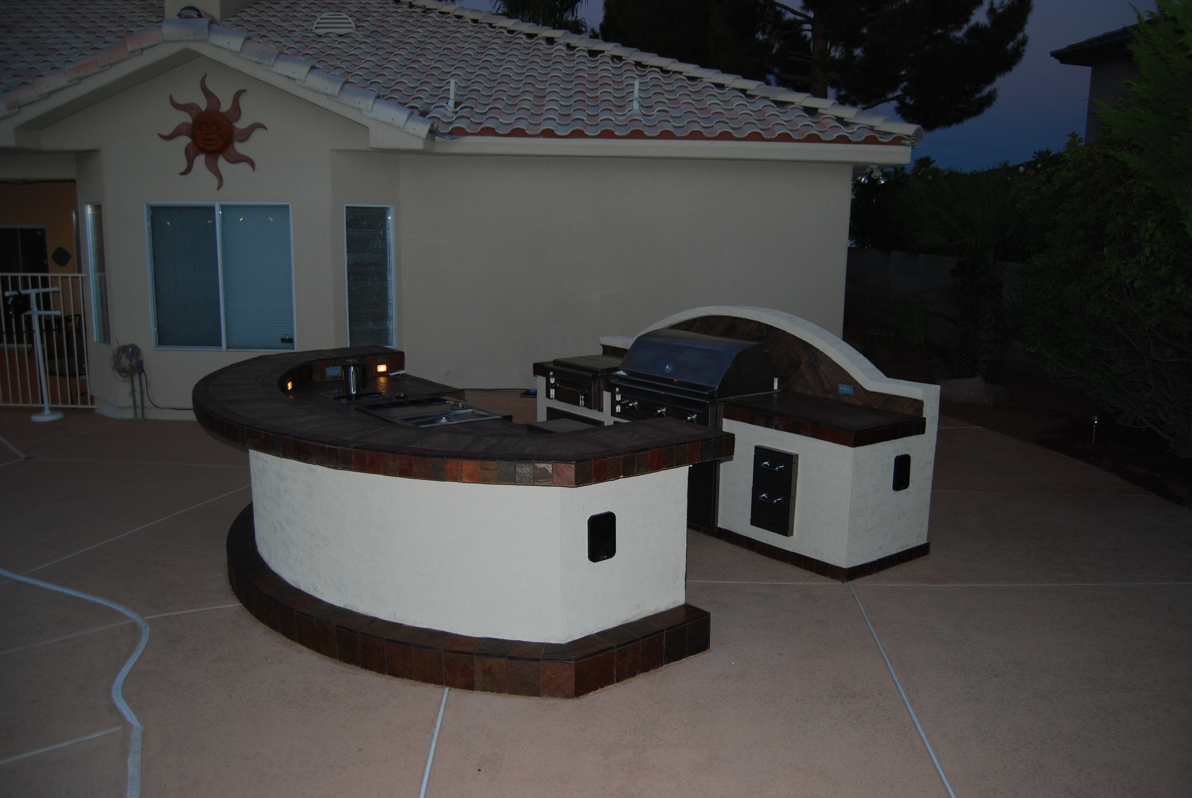 outdoor kitchens las vegas pull down kitchen cabinets for the disabled