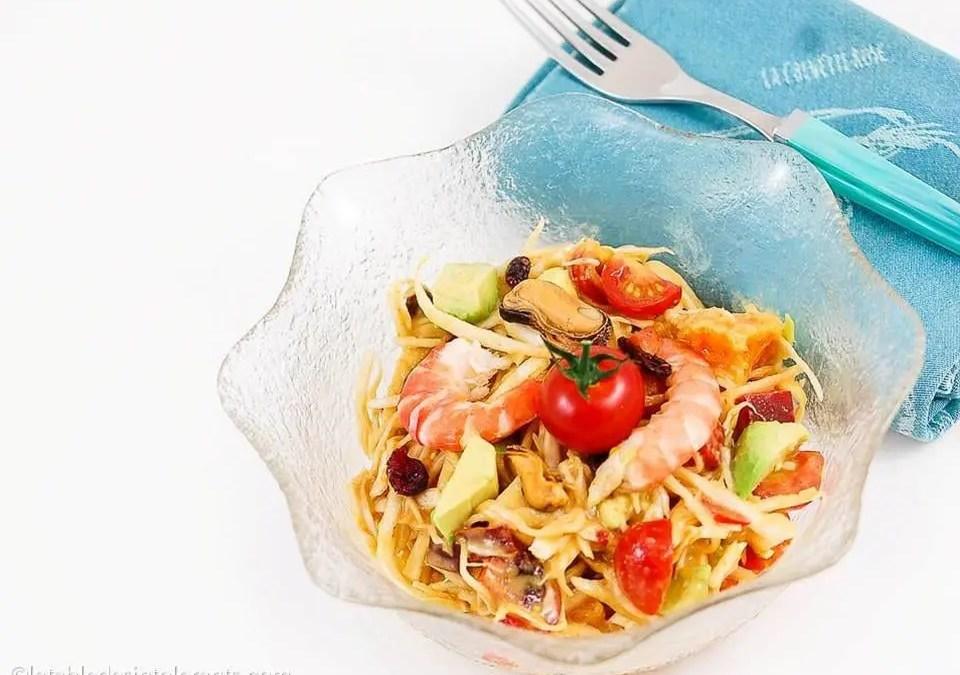 Salade de chou blanc aux crustacés sauce cocktail avec ou sans levure