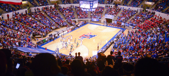 2017-18 basketball season tickets now on sale