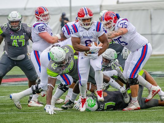 UAB shocks Louisiana Tech with blocked last-second field goal