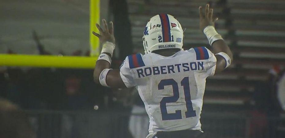 Amik Robertson named to Freshman All-America team