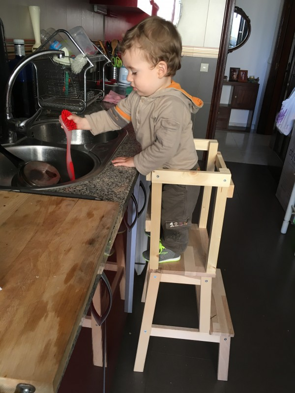 Torre di apprendimento Montessori faidate Laura per Team Mama  Mamme  Bimbi Montessori