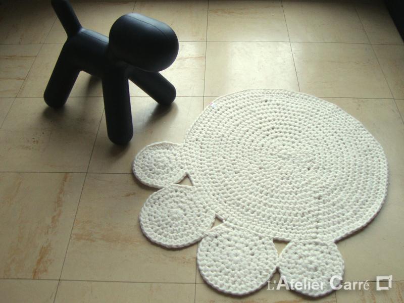 tapis couverture pour chien ou chat forme patte en laine