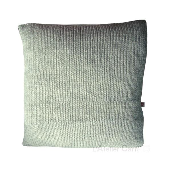 coussin-personnalise-mot-tricot-gris-clair
