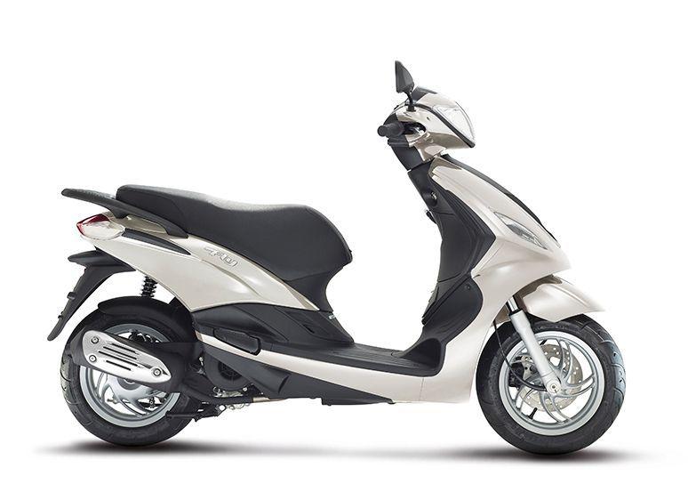 scooter neuf piaggio fly 125 125 3v