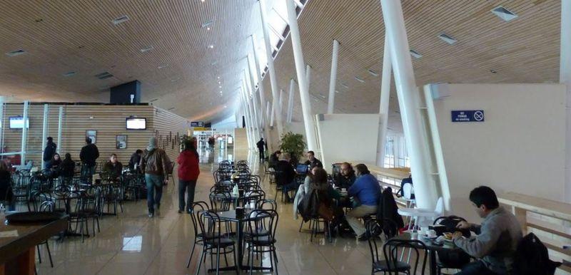 MOP enfrenta nuevo conflicto con un aeropuerto: concesionario de El Tepual pide millonaria compensación