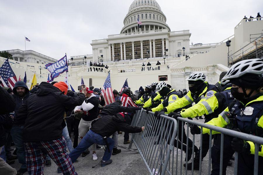 Resultado de imagen de disturbios en el capitolio