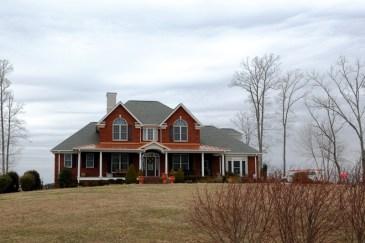 Eastern Kentucky has many fine homes, especially near major recreational areas.
