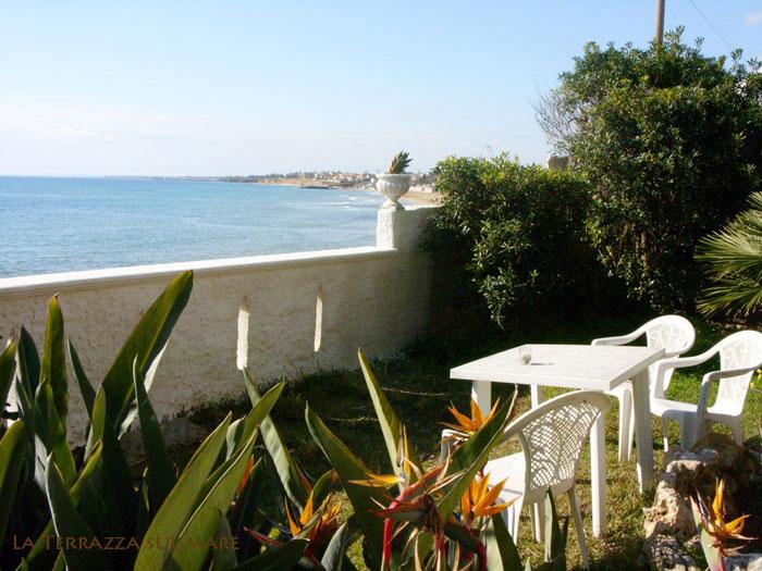 BB Avola Bed and Breakfast sul mare Siracusa camere con confort di un Hotel si trova a Siracusa