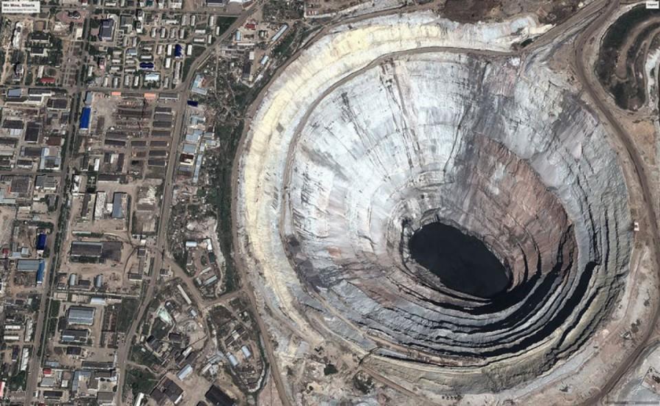 La plus grande mine de diamants au monde, en Russie