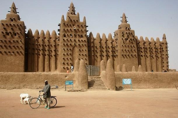 monument-Grande Mosquée de Djenné, au Mali