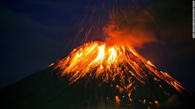 ecuador-volcano-tungurahua