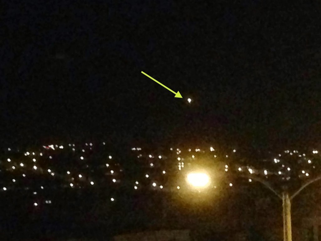 UFO sighting over Bakersfield California on 22nd December