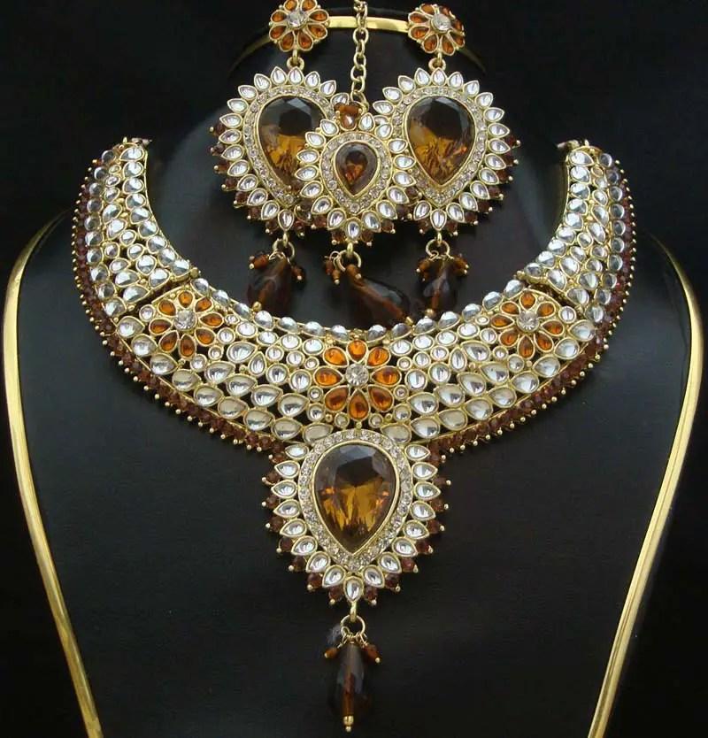 Indian kundan jewelry designs