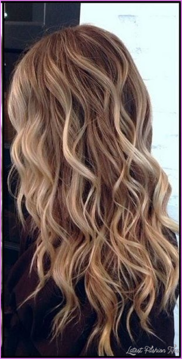 Wavy Hair Styles  LatestFashionTipscom