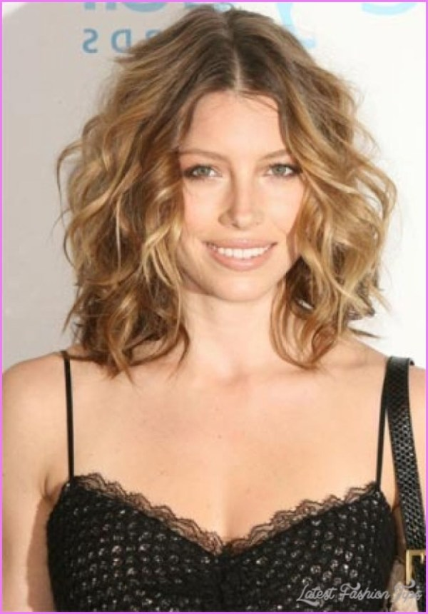 30 Med Curly Hairstyles For Thin Hair Hairstyles Ideas Walk The