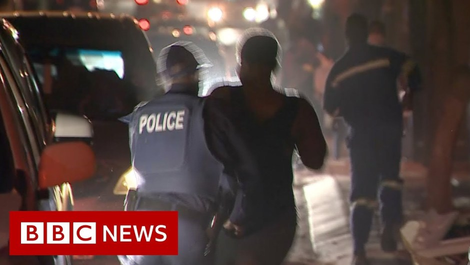 Coronavirus: South Africa's alcohol and cigarette lockdown – BBC Information