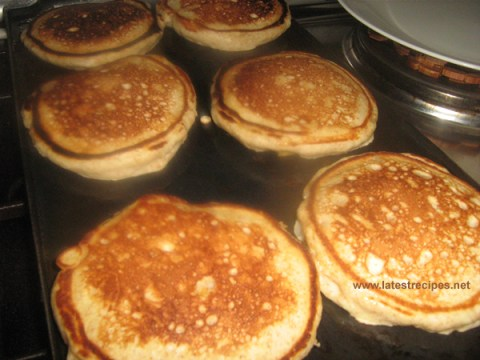 whole_wheat_yogurt_banana_pancakes_3