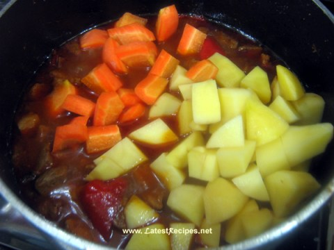menudo_carrots_potatoes