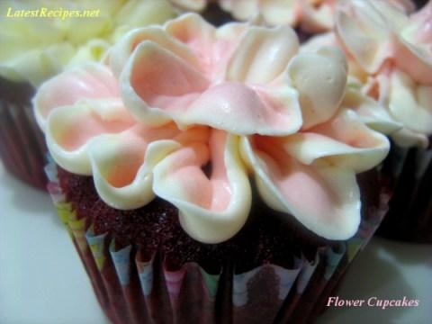 flower_cupcakes_red_velvet