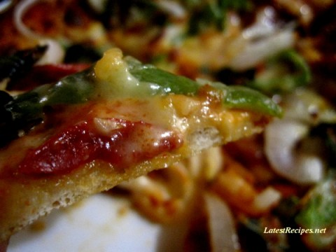 pizza_thin_crust_homemade