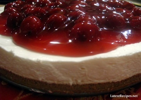 no_bake_cheesecake_cherry_topping_1