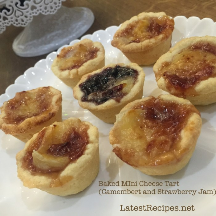 Mini Cheese Tart (Camembert and Strawberry Preserve)