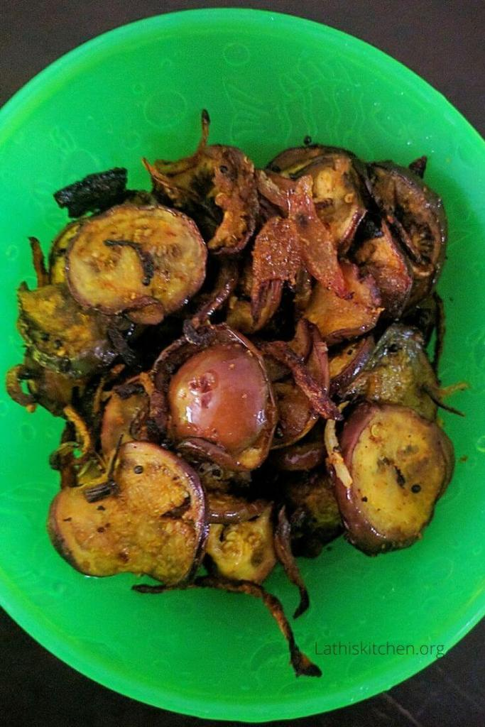 Bowl of brinjal fry.