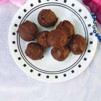 Yummy Rose Coconut Bonbons